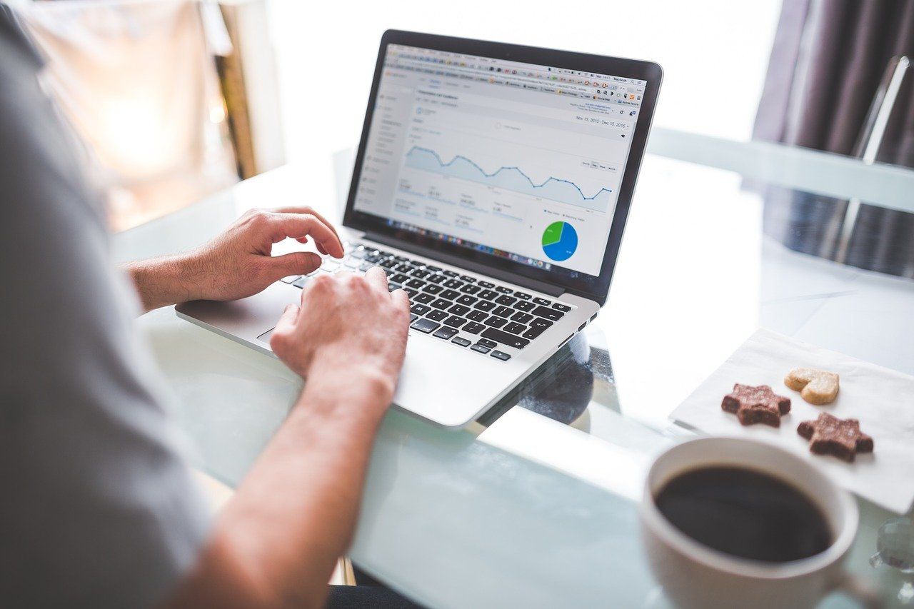 Les meilleurs outils pour analyser son site web et améliorer le trafic de visiteurs